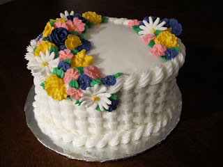Basketweave cake with flowers