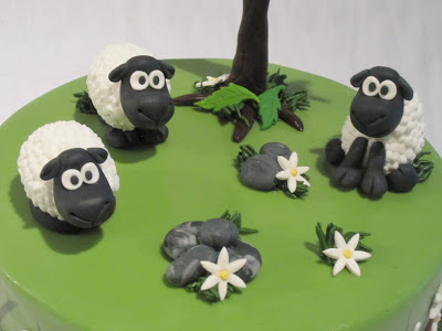 The top of the cake with the sheep.
