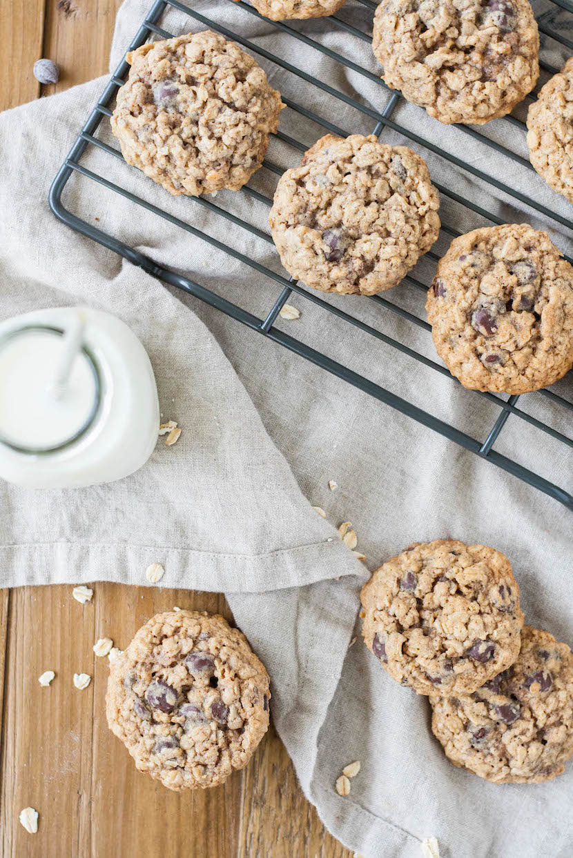 Oatmeal Chocolate Chip Cookies - Liv for Cake