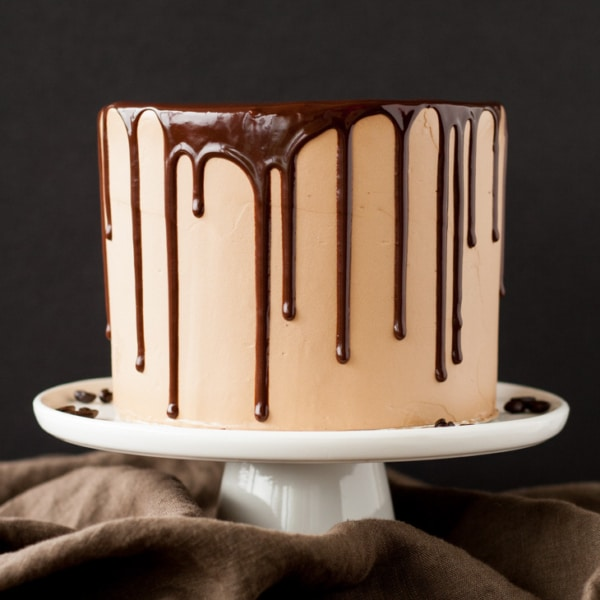 Mocha Cake! A rich dark chocolate cake with a silky mocha swiss meringue buttercream. | livforcake.com