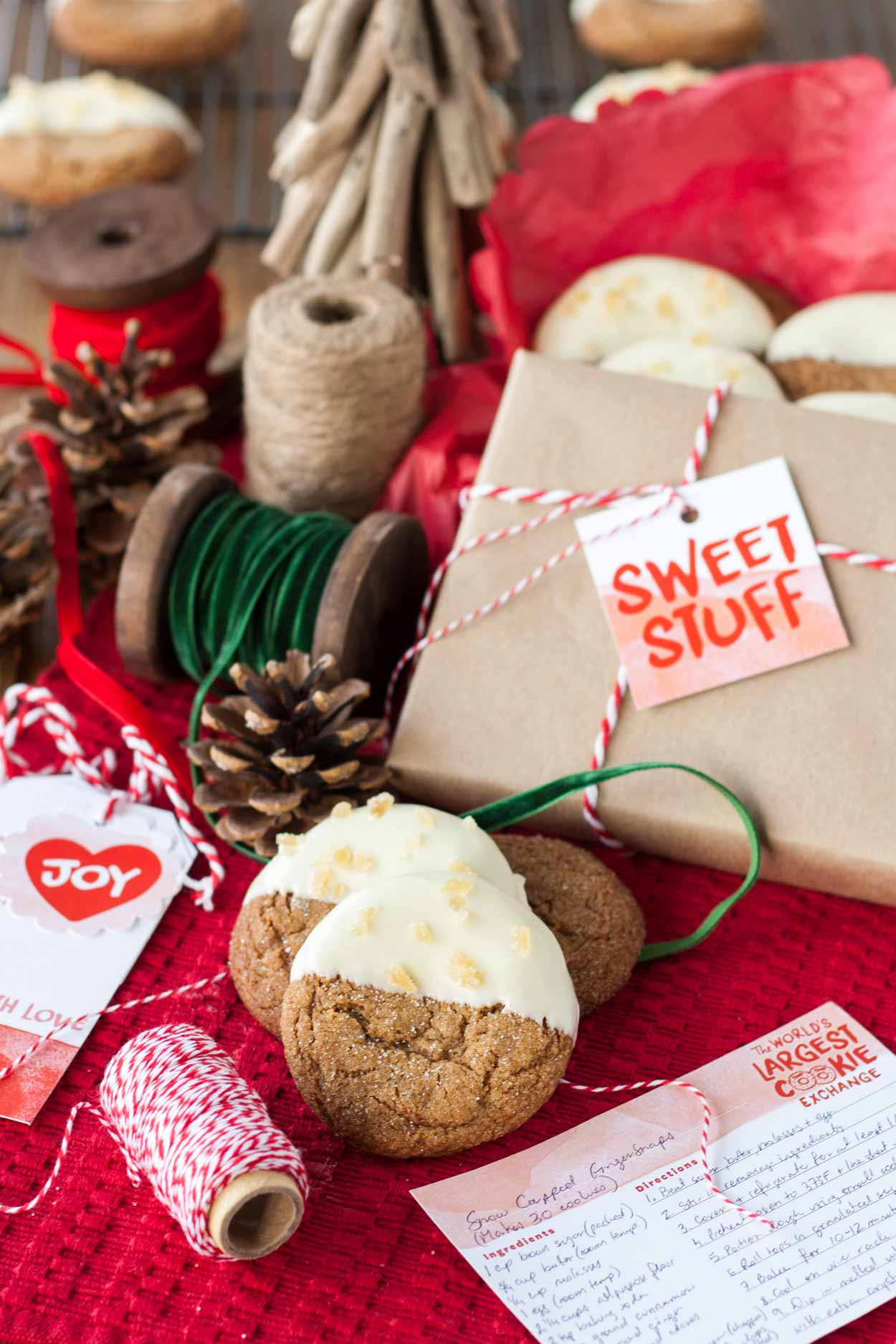 These Snow Capped Gingersnaps are the perfect Christmas cookies!