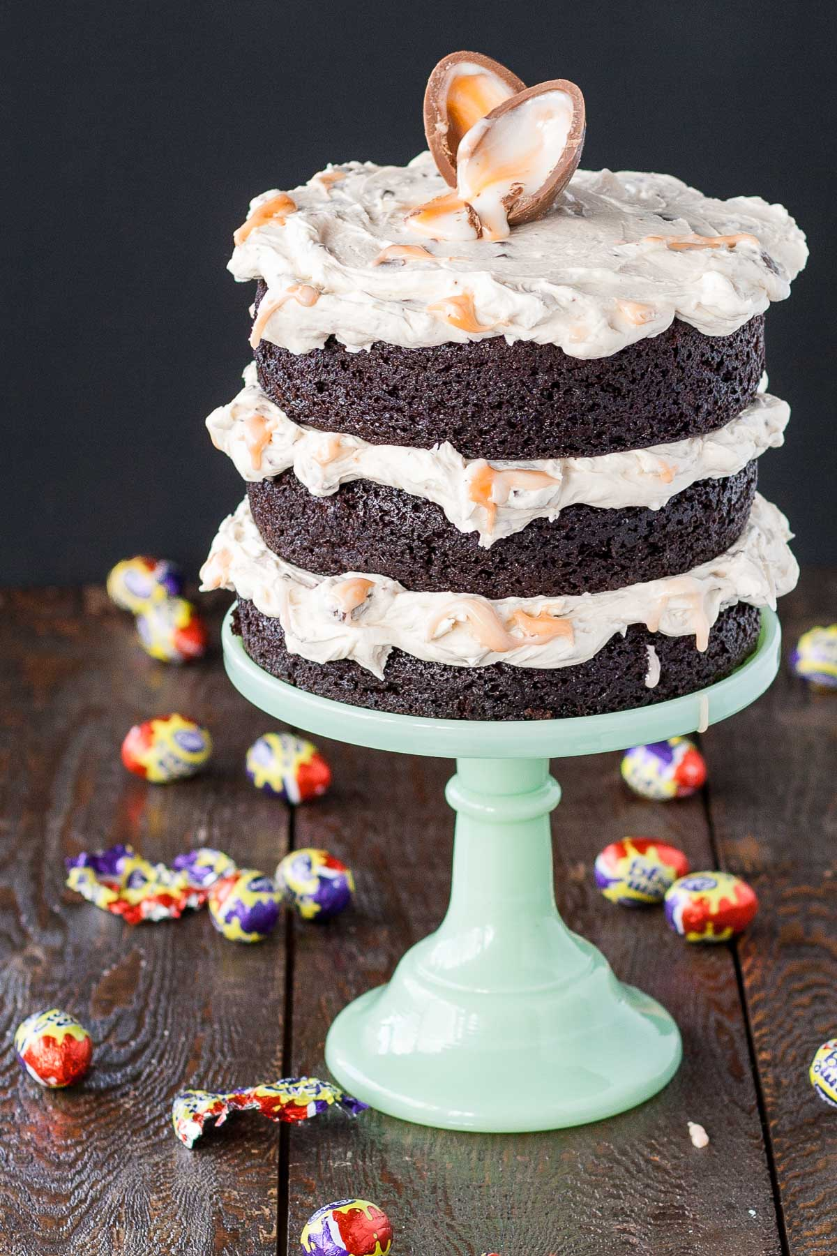 This Cadbury Creme Egg Cake is the perfect cake for your Easter celebrations. A rich chocolate cake with a Cadbury Creme Egg frosting! | livforcake.com