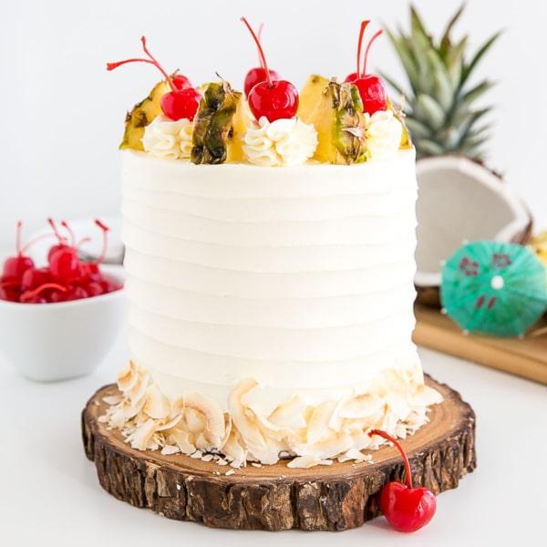 Pina colada cake thumbnail.