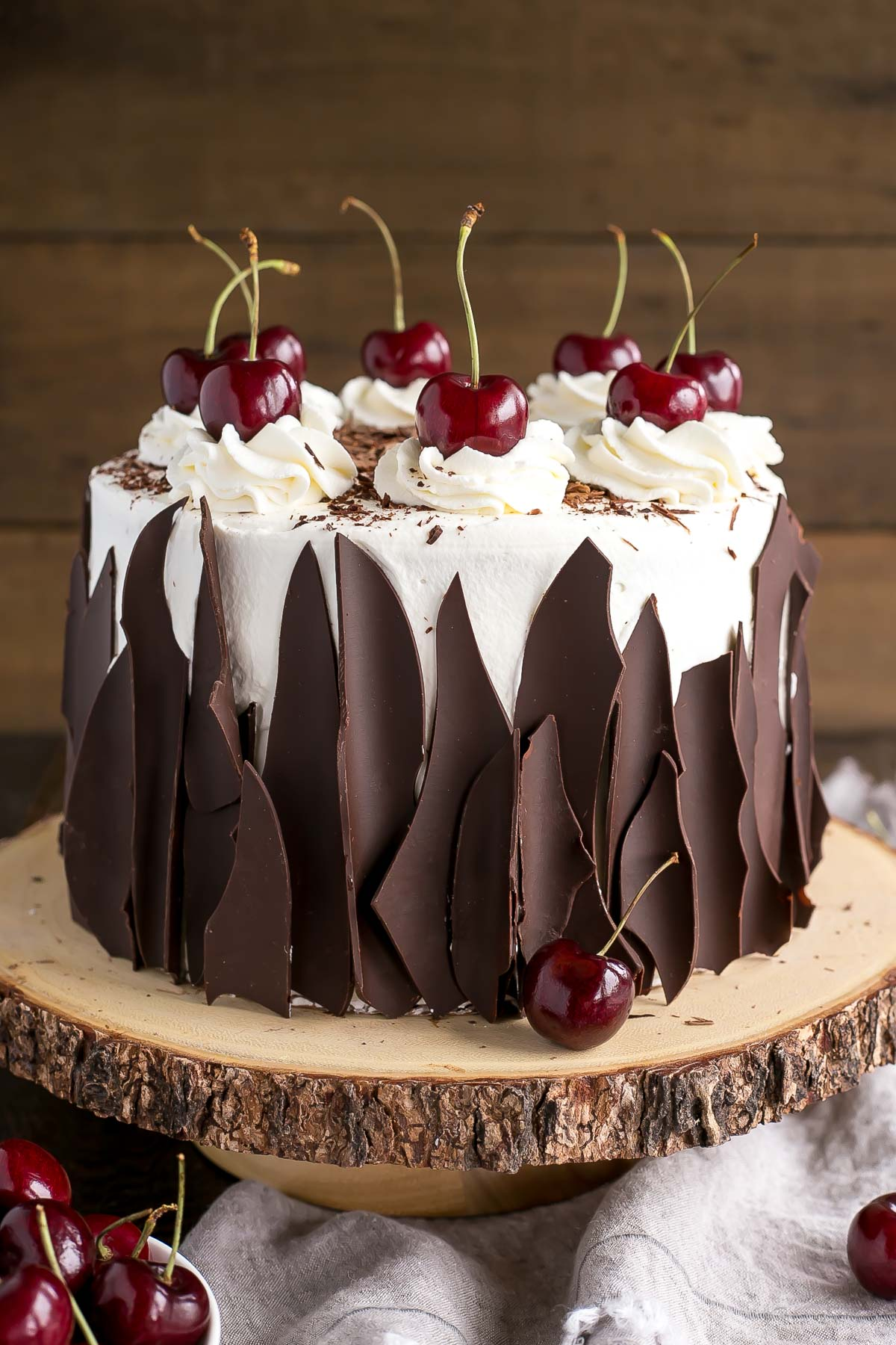 Black Forest Yule Log Cake Recipe
