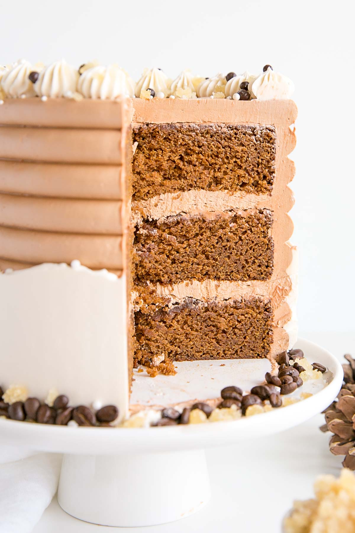 Cross section of the cake showing the gingerbread cake layers.